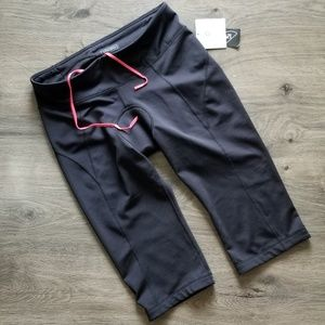 New Athleta Spin Knickers Cycling Crop Pants